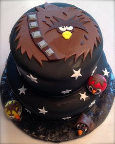 Star Wars Angry Birds Cake -- he picked this one Bird Birthday Parties, 5th Birthday, Birthday Cakes, Birthday Ideas, Cupcakes, Cupcake Cakes, Aniversario Star Wars, Cake Design Inspiration, Angry Birds Cake