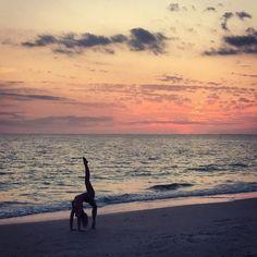 Never underestimate your strengths never overestimate your weaknesses.  . #yoga #yogagirl #beachyoga #yogainspiration #yogaeverywhere #yogaeverydamnday #yogalife #yogapose #yogaeveryday #instayoga #fit #fitness #fitfam #healthy #active #gymnast #vacation #healthylifestyle #activelifestyle #inspiration #beauty by linds_damm