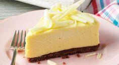 Prepare uma deliciosa receita de Torta Gelada de Chocolate Branco INGREDIENTES 1 lata de leite condensado 100 g biscoito Leite e Mel maisena