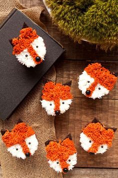 Fox Cupcakes with a Simple How to Video