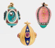 Carl Fabergé (1846–1920), Fabergé workshop, Miniature Easter Egg Pendants, about 1900, gold, enamel, silver, pearls, diamonds, rubies, emerald, 1.9 x 1.5 cm. Virginia Museum of Fine Arts, Bequest of Lillian Thomas Pratt
