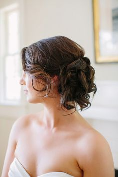 Michaela and John's Low Fuss Backyard Wedding in Georgia. Photos by The Red Fly Studio. See more here @intimateweddings.com #bridalhair