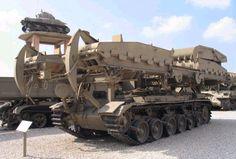 Army - FV4016 Centurion ARK Bridgelayer