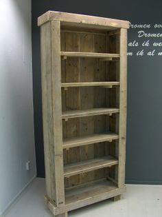Boekenkast steigerhout H200xB90xD30cm. Voor al je mooie boeken en accessoires die je in je woonkamer wilt showen.