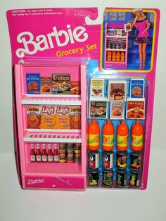 Barbie Doll Set, Barbie Food, Barbie Doll House, Doll Clothes Barbie, Barbie Dream House, Barbie I, Barbie Girl Toys, Barbie Stuff, Vintage Barbie