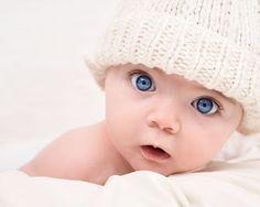 Los niños recién nacidos ya pueden percibir la luz, y su vista mejora a medida que se utilizan sus ojos; sin embargo, si los ojos no son utilizados a su capacidad, la habilidad visual no se desarrolla completamente por eso es importante visitar a un especialista