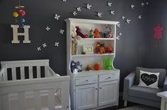 These #flowers look like they're flying across the #gray #nursery wall!
