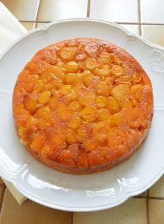 Gâteau renversé aux mirabelles Pour finir ma récole de mirabelles, voici un gâteau renversé aux mirabelles qui a eu beaucoup de succès... Compote Recipe, Bon Dessert, Chana Masala, Macaroni And Cheese, Caramel, Cheesecake, Food And Drink, Voici, Baking