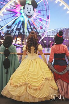 Jasmine, Belle, and Mulan at Disneyland Mundo Walt Disney, Arte Disney, Disney Magic, Walt Disney World, Disney Fairies, Disneyland, Disney Face Characters, Disney Movies, Disney And Dreamworks