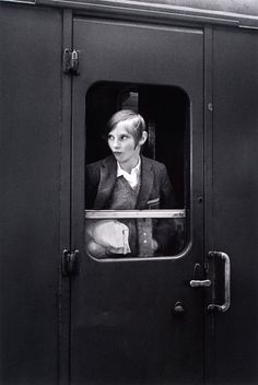 Eva Rubinstein - Girl On Train. London, 1969. S)