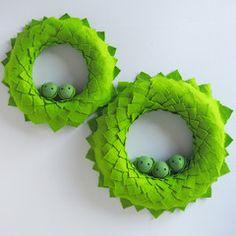Small Christmas Sprout Wreath Sprouts, Crochet Earrings, Wreaths, Christmas, Handmade, Xmas, Hand Made, Door Wreaths, Navidad