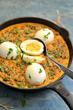 Methi masala egg curry is a rich and creamy Indian curry that goes well with roti, naan, paratha or any simple rice dish. Methi Recipes, Veg Recipes, Curry Recipes, Indian Food Recipes, Vegetarian Recipes, Cooking Recipes, Healthy Recipes, What's Cooking, Salad Recipes