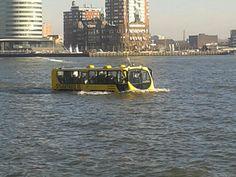 De waterbus Rotterdam.