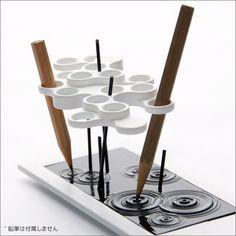 デザインペン立て  2480円  http://www.fu-bi.jp/?pid=31634706