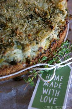 Vegan Cauliflower Kale and Potato Pie gluten-free ingredients) Vegan Pie, Vegan Vegetarian, Vegetarian Recipes, Vegan Foods, Paleo, Raw Food Recipes, Cooking Recipes, Healthy Recipes, Vegan Cauliflower