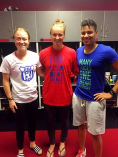 Emily Sonnett, Lindsey Horan (right) and Adrianna Franch showing support for American DeafWNT. Portland Thorns, Football, These Girls, Boss Lady, Pitch, Role Models, Friendship, Soccer, Athletic