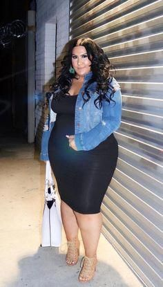 59 New Ideas For Fashion Style Plus Size Curvy Fashionista Casual Thick Girl Fashion, Plus Size Fashion For Women, Curvy Women Fashion, Plus Size Womens Clothing, Modest Fashion, Size Clothing, Fashion Outfits, Clothes For Women, Fashion Ideas