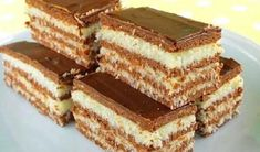 Hungarian Desserts, Hungarian Recipes, Köstliche Desserts, Delicious Desserts, Baking Recipes, Cake Recipes, Cafe Rico, Kreative Desserts, Biscuit Cake