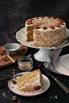 BOLO CREMOSO ITALIANO - Basta Cheio Food Cakes, Bolo Original, Sweet Recipes, Cake Recipes, Homemade Cheesecake, Food Wishes, Cupcakes, Cream Cake, Celebration Cakes