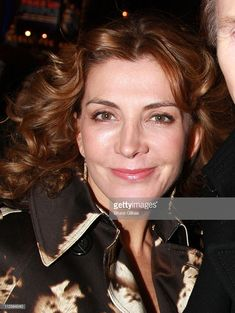 Actress Natasha Richardson poses as he arrives for the Opening Night performance of Conor McPherson's play 'The Seafarer' on Broadway at The Booth Theater on December 6 2007 in New York City. Liam Neeson, Natasha Richardson, Cinema, Seafarer, Creative Video, Lindsay Lohan, Opening Night, British Actresses, Artists