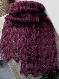 Reversible Lace Scarf. Free.