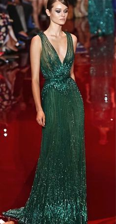 Elie Saab Couture Fall Winter 2013 Paris Nadire Atas on Elie Saab Designs 2014 Golden Globes Red Carpet Elie Saab Couture, Style Couture, Couture Fashion, Dress Fashion, Evening Dresses, Prom Dresses, Formal Dresses, Club Dresses, Beautiful Gowns