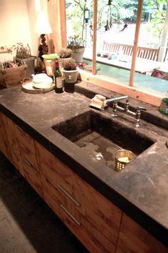dark concrete look kitchen counter top; also a fan of these Kitchen Redo, New Kitchen, Kitchen Dining, Kitchen Remodel, Kitchen Cabinets, Kitchen Ideas, Concrete Kitchen, Diy Countertops, Family Kitchen