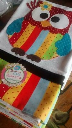 Easy Patching TechniqueApply to Cut-out Dishcloth / Cup - Patchwork Owl Applique, Applique Quilts, Applique Designs, Big Block Quilts, Quilt Blocks, Patch Quilt, Quilting Projects, Sewing Projects, Owl Crafts