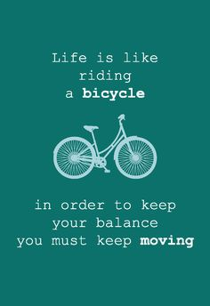 Wenskaart Life is like riding a bicycle is een originele, eenvoudige kaart met een quote en een witte envelop. Leuk om te sturen naar iemand die het gewoon nodig heeft.
