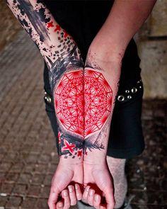 red 25 Trippy Geometric Tattoos (Photo Gallery)