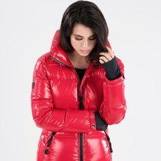 #fur #hood #furhood #downjacket #downcoat #pufferjacket #puffercoat #puffyjacket #puffycoat