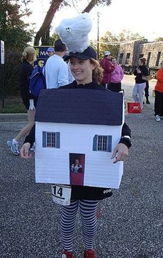 Came across a picture of my friend Lauren dressed as Dorothy's House, complete with tornado, for a popular Halloween race at home.