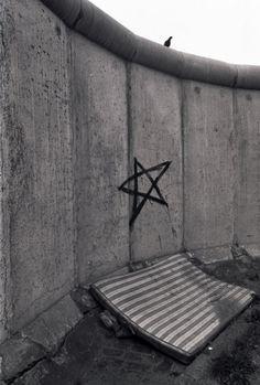 1979 West-Berlin - Berliner Mauer am Leuschnerdamm  ☺