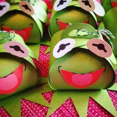 Kermit Keepsakes #party #keepsake #curvykeepsakebox #kermit #muppets #favours #birthday #stampinup