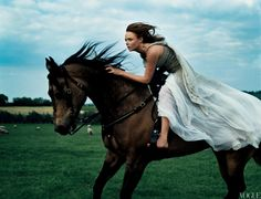 Annie Leibovitz I decided to write article about her, just because I think she's amazing. Nowadays she is one of the most popular pho...