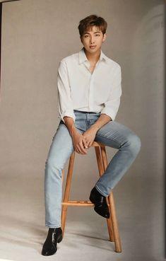 """""""Kim Namjoon, the man that you are. Jimin, Bts Bangtan Boy, Foto Bts, Bts Photo, Kim Namjoon, Seokjin, Hoseok, Jikook, K Pop"""