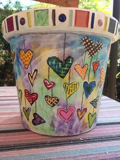 Idea Of Making Plant Pots At Home // Flower Pots From Cement Marbles // Home Decoration Ideas – Top Soop Flower Pot Art, Clay Flower Pots, Flower Pot Crafts, Clay Pot Crafts, Painted Plant Pots, Painted Flower Pots, Painted Pebbles, Art Fantaisiste, Decorated Flower Pots