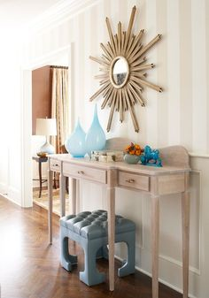 pretty entry table