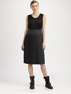 http://diamondsnap.com/marc-by-marc-jacobs-tara-tonic-pleated-dress-p-5623.html