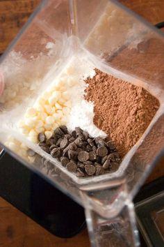 homemade hot chocolate mix in blendtec Homemade Hot Chocolate, Hot Chocolate Bars, Hot Chocolate Recipes, Chocolate Cake, Chocolate Smoothies, Chocolate Mouse, Chocolate Shakeology, Chocolate Crinkles, Chocolate Powder