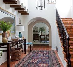 Spanish Style Homes Decor Ideas Spanish Style Homes Decor Ideas. When you want to decorate your home in a Spanish style, you will have a lot of fun. The Spanish style is very interesting with vibra… House Design, House, Home, House Styles, Colonial House, Mediterranean Homes, Spanish House, Spanish Style Homes, Colonial Style