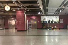 Last metro #guangzhou #china  #enlight #vsco #snapseed #photography #streettogs #streetphotographers #film #latergram #streetphotography #ig_streetpeople #metro #subway