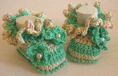 *Niedliche Babyschuhe* von Zwergen-Design auf DaWanda.com