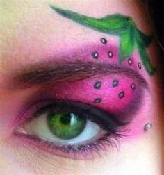 Strawberry makeup eye shadow face painting - if I were to do a variation on Strawberry Shortcake, the grown-up version, I'd be all about this.