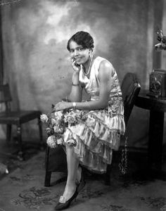 Although many believe Helen Kane is the inspiration for Betty Boop, the character would not have been possible without 1920s jazz singer Esther Jones, aka Baby Esther.