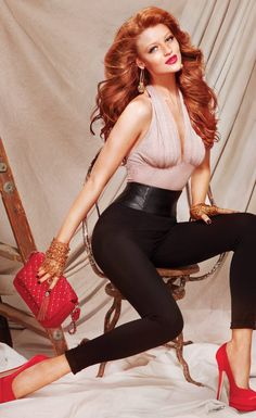 Redhead...   Cintia Dicker