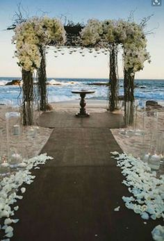 Stunning beach wedding scene