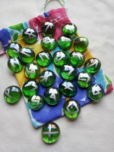 ☆ Pagan Wicca Witch Handmade Green Glass Rune Stones -Ƹ̵- Drawstring Bag ☆