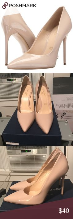 Massimo Matteo nude pumps Excellent used condition massimo matteo Shoes Heels
