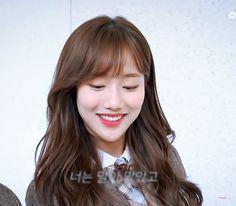 April Kpop, Korean Drama Movies, I Want To Cry, Kihyun, Celebs, Celebrities, Female Characters, Kpop Girls, Pretty Girls